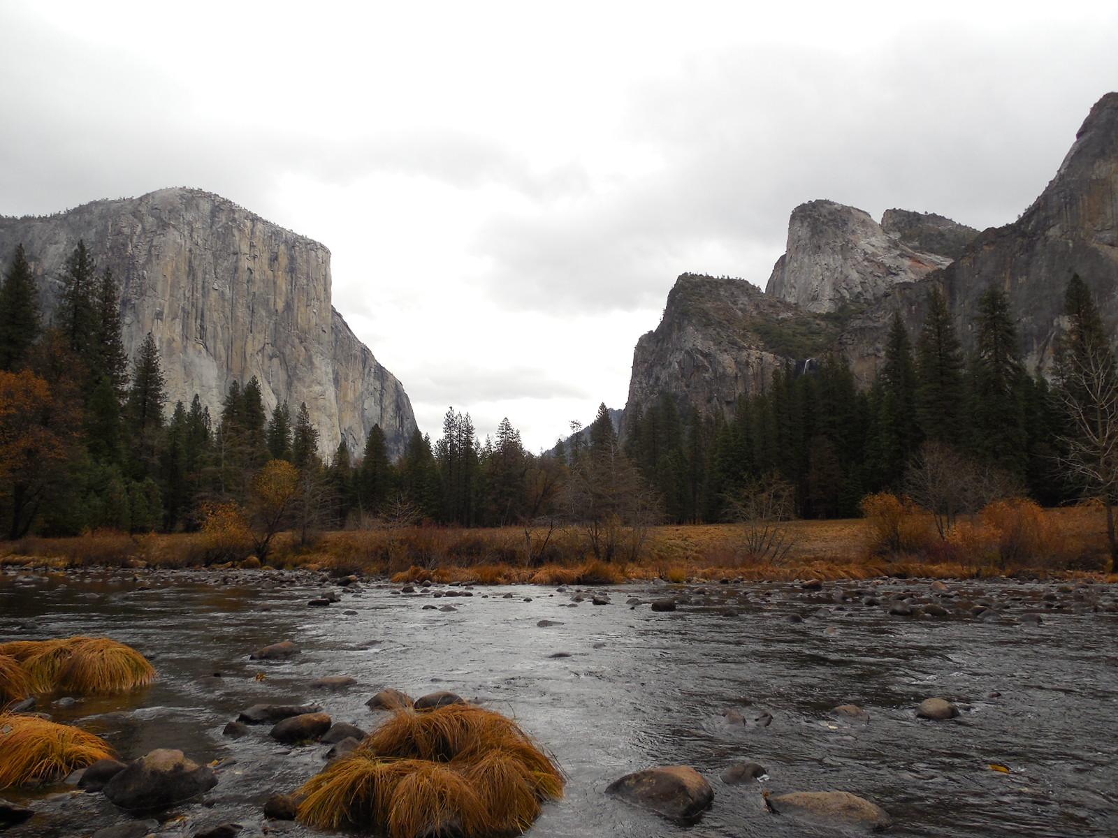 Yosemite Valley with El Capitan