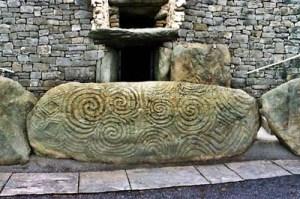 newgrange-spiral-stone