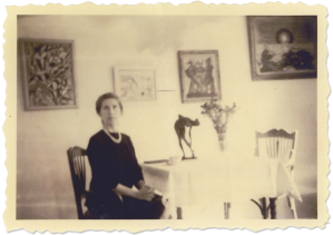 Helene Beltracchi posing as her grandmother in front of fakes