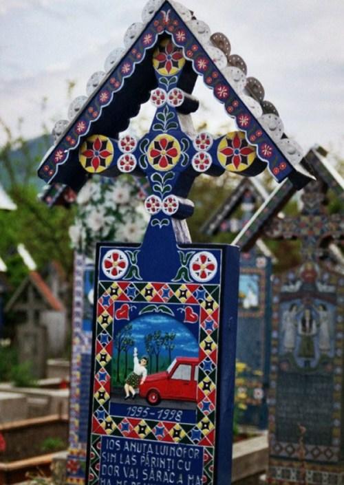 Merry-Cemetery-Romania-25